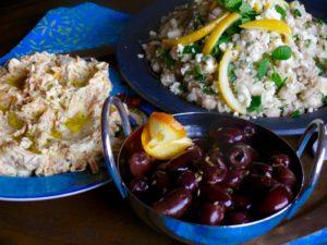 middle eastern mezze platter