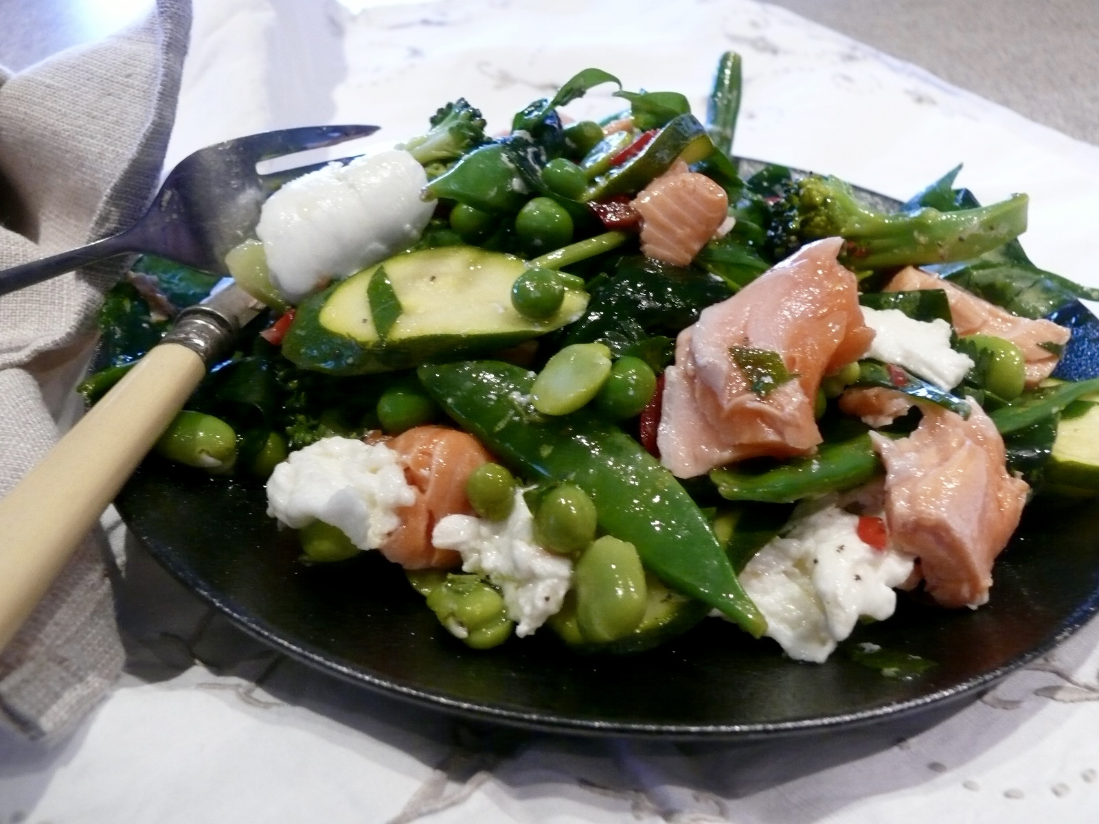 spring green salmon and mozzarella salad