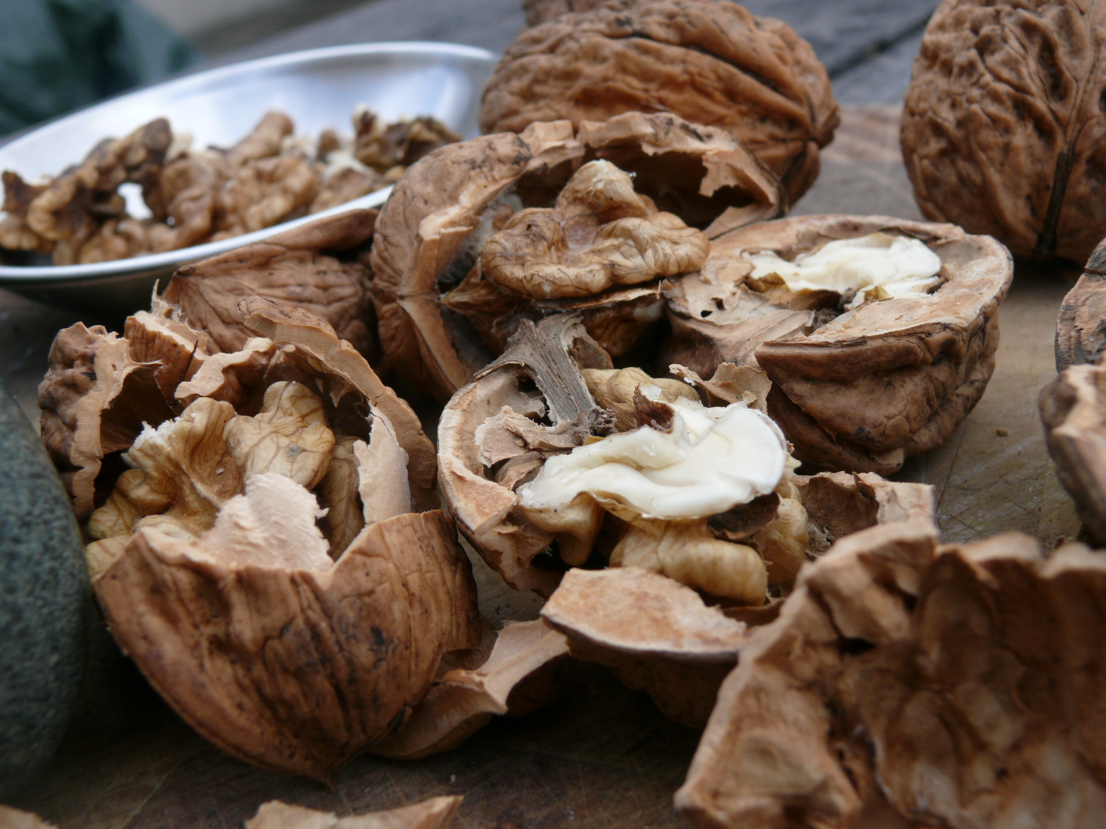 walnuts for muhamrra