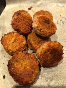 carrot and white bean falafel